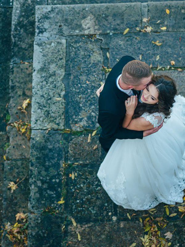 Mire-figyeljen-az őszi-esküvőnél-The-Suitcompany